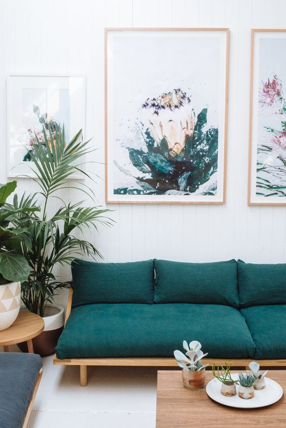 Emerald green sitting room