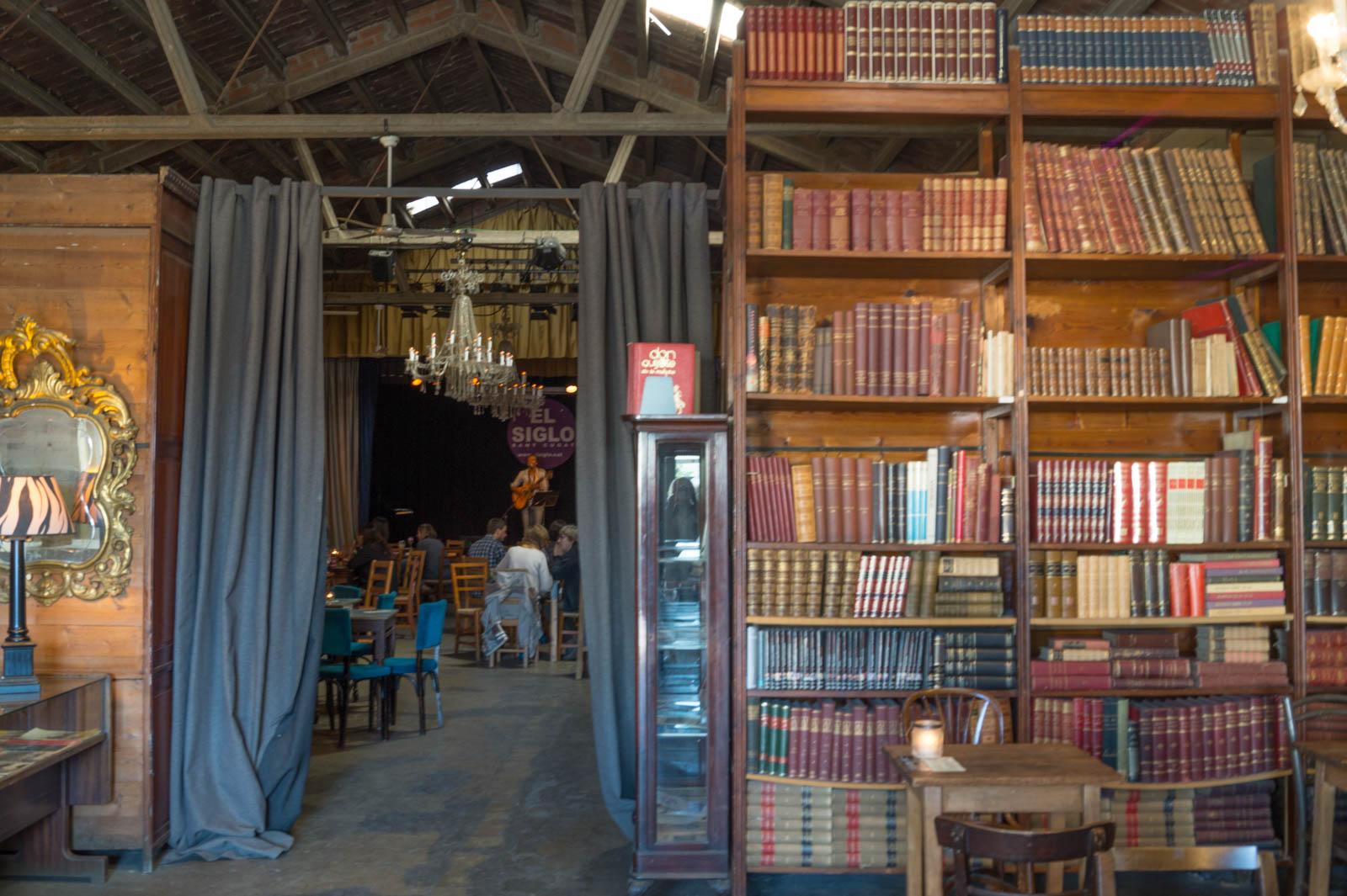Mercantic restaurant, library and music bar