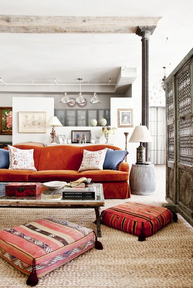 Terracototta statement sofa
