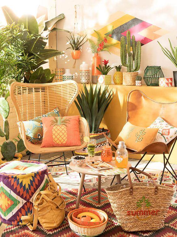 Maisons du monde brings it again colour your casa - Petite table maison du monde ...