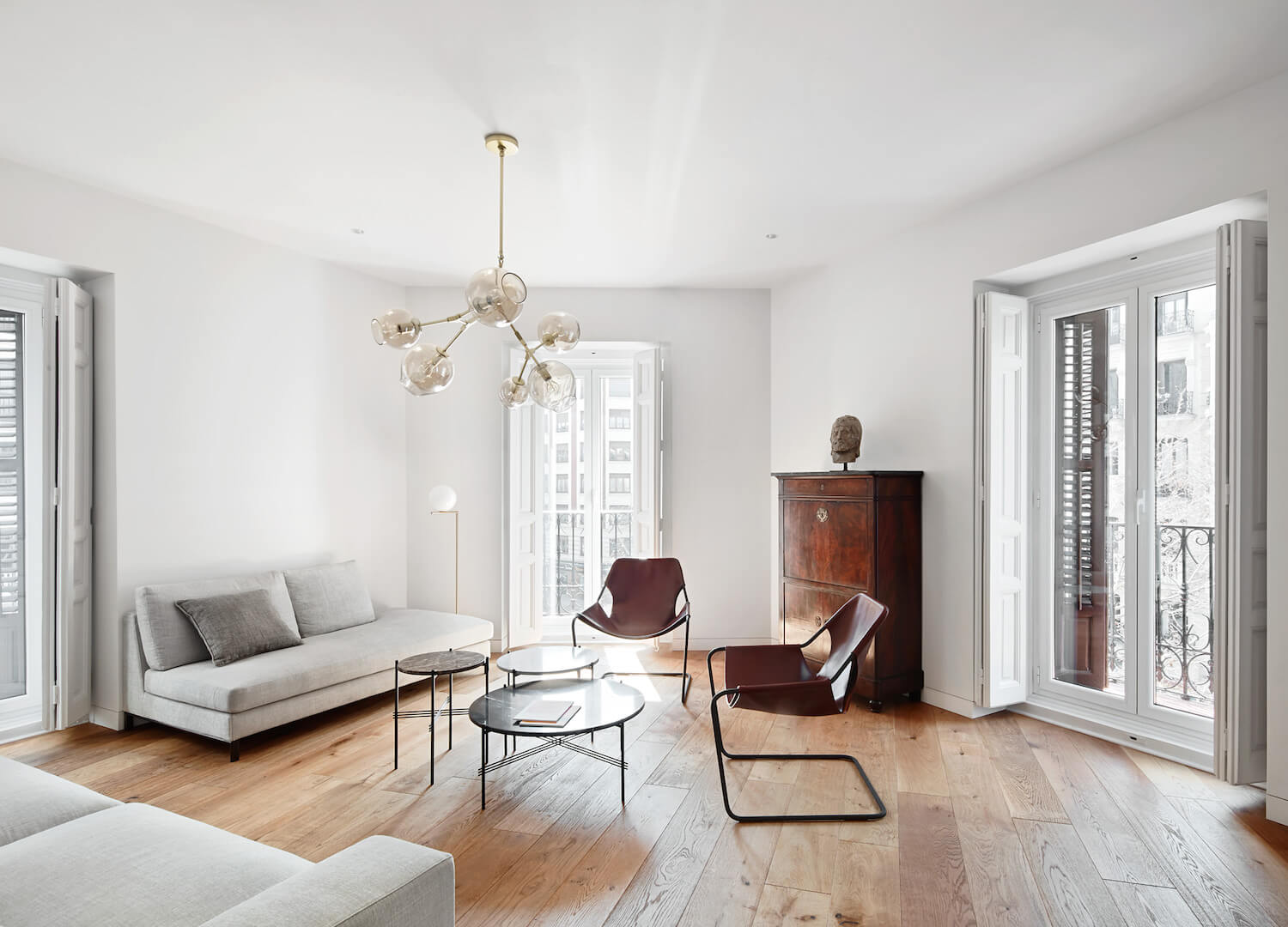 Apartment designed by Lucas and Hernández Gil