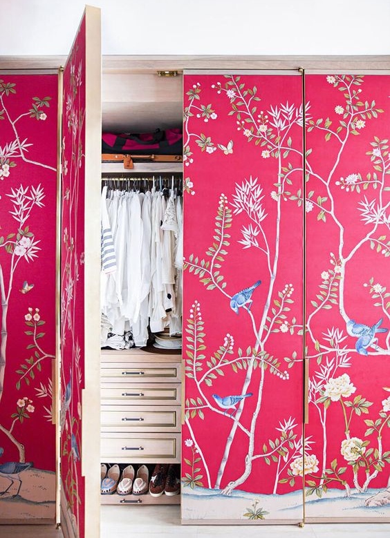 Chinoiserie wallpaper in closet makeover
