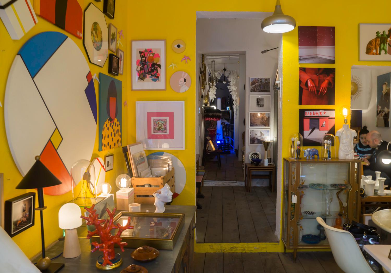 Colindante shop at Madrid Rastro