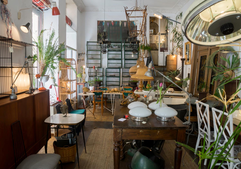La Brocanterie - antique and vintage furniture at Madrid Rastro