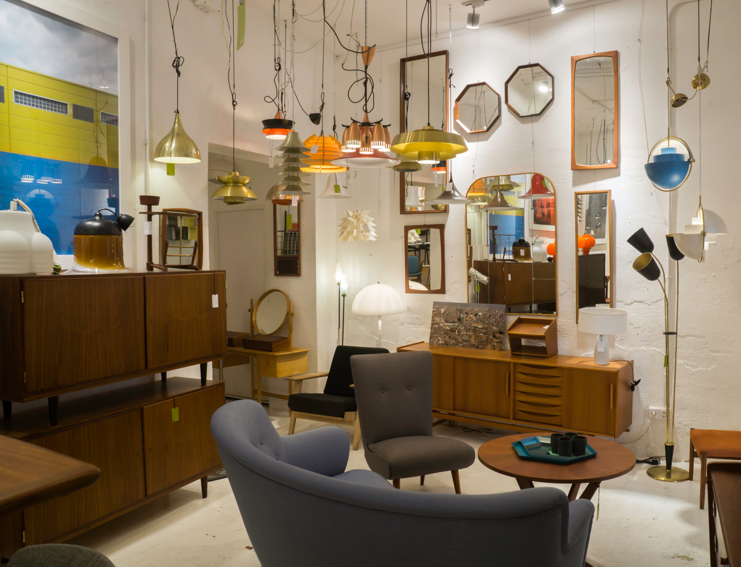 New and vintage Nordic furniture and lamps and Madrid Rastro