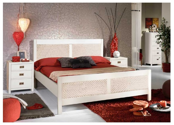 Banak king-size bed