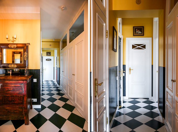 Home tour: Entry hall and fanlight doors