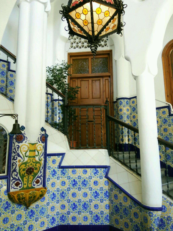 Torre Bellesguard by Gaudí