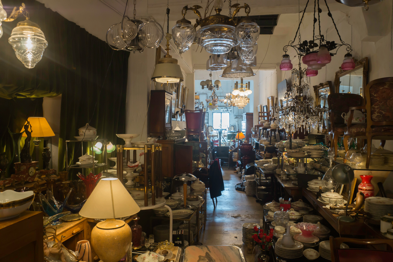 Antique dishware at Madrid Rastro
