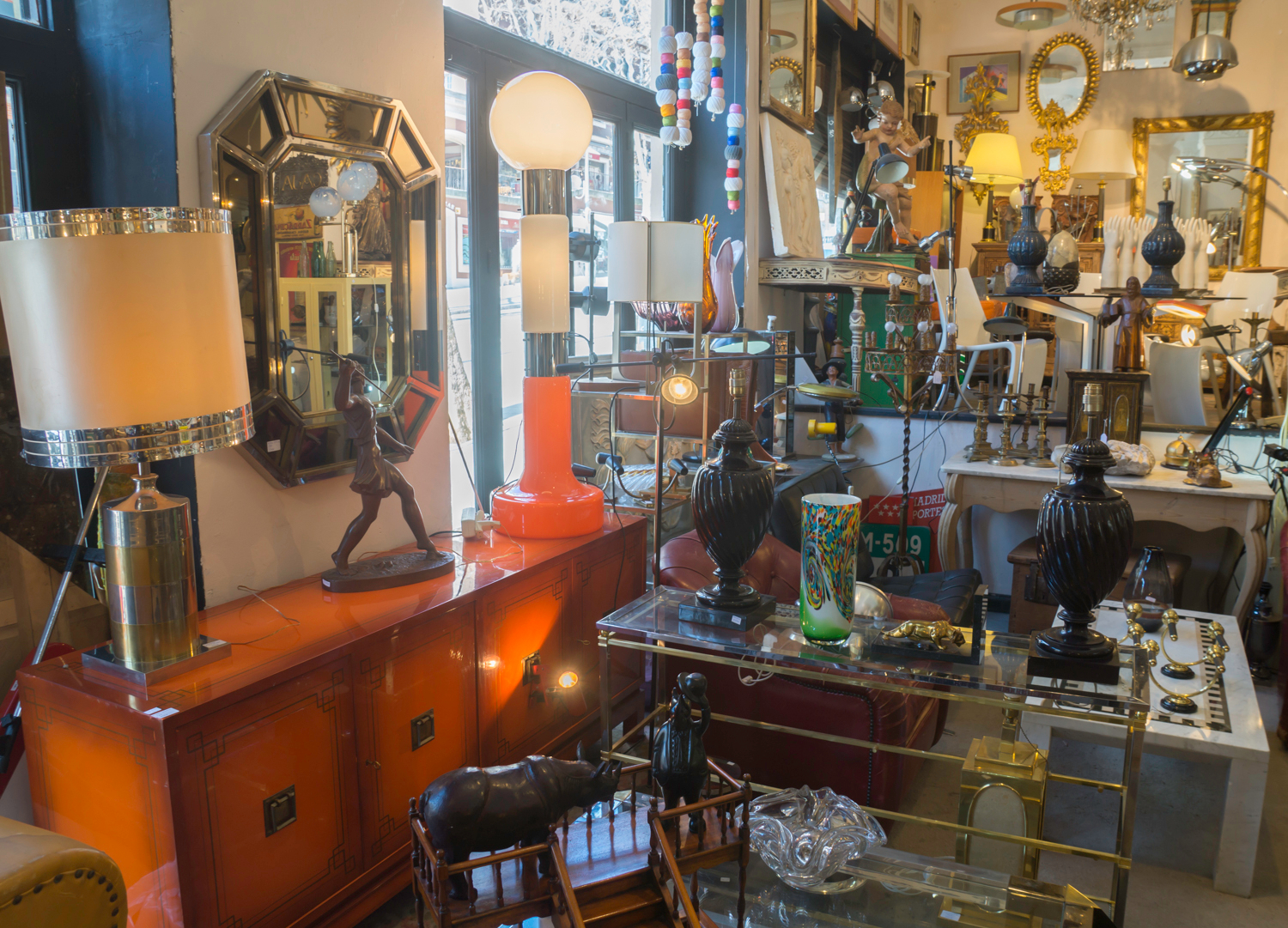 Barataria - eclectic antiques shop at Madrid Rastro