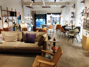 DomésticoShop upscale furniture shop in Madrid´s Chueca