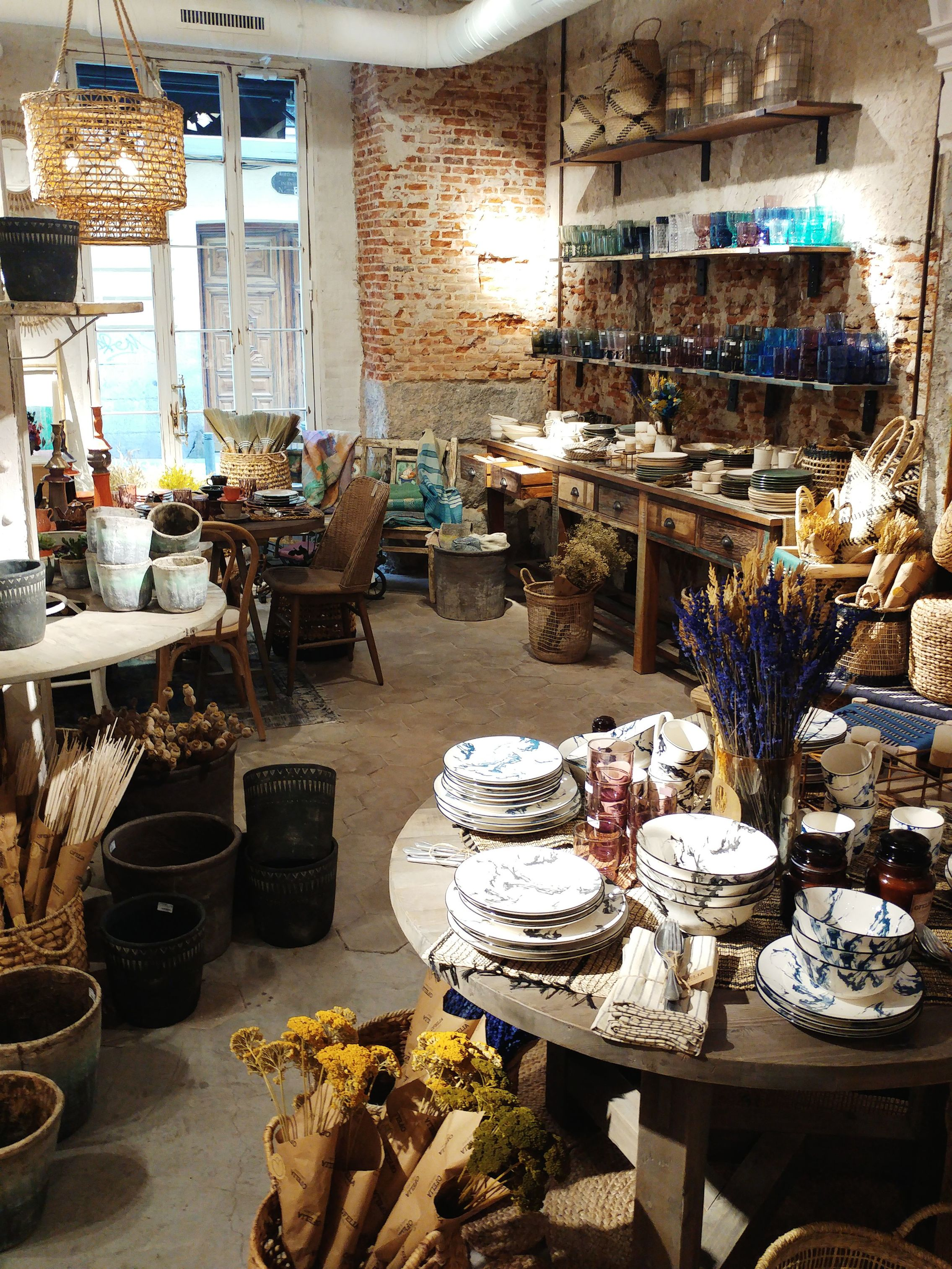 Ofelia vintage home decor shop in Madrid Chueca