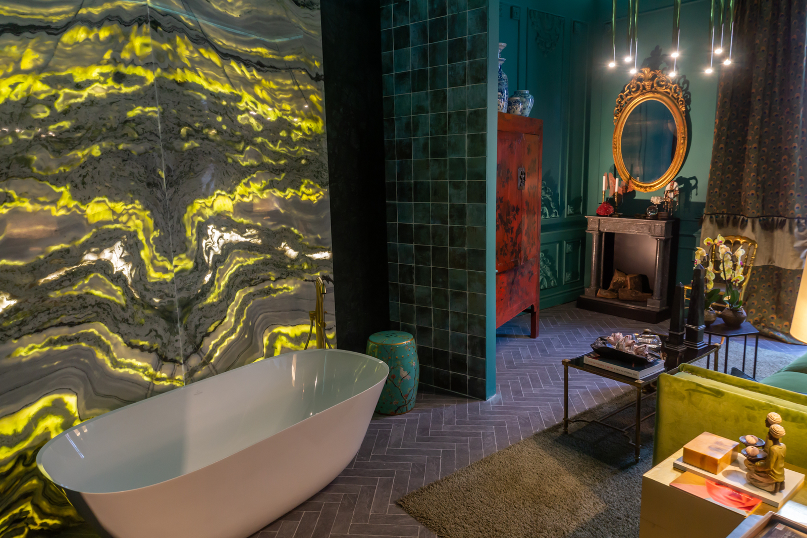 etit Boudoir bathroom designed by Fran Cassinello at Casa Decor 2019
