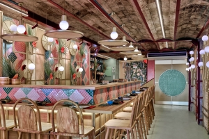 Masquespacio design for tropical sushi restaurant Kaikaya, Valencia