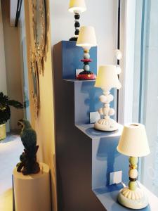 Lladró showroom - lamps