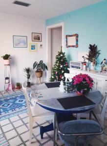 My Barcelona living room dressed for Christmas