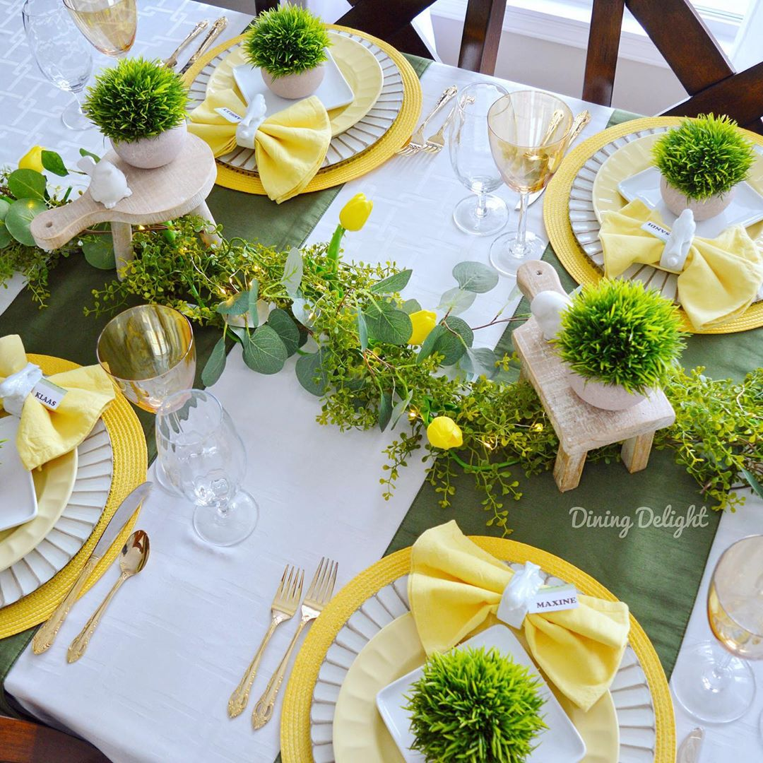 Spring yellow table set
